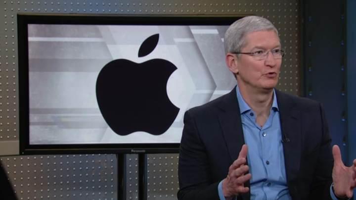 Tim Cook, Apple hisselerini 5 milyon dolara sattı