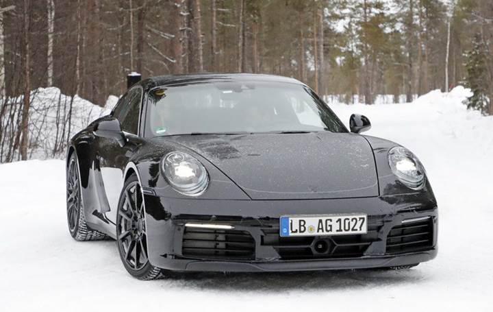 2019 Porsche 911 testler esnasında görüntülendi