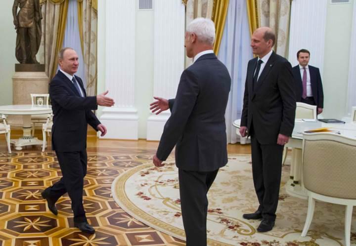 Vladimir Putin, Volkswagen'a yardım etme sözü verdi