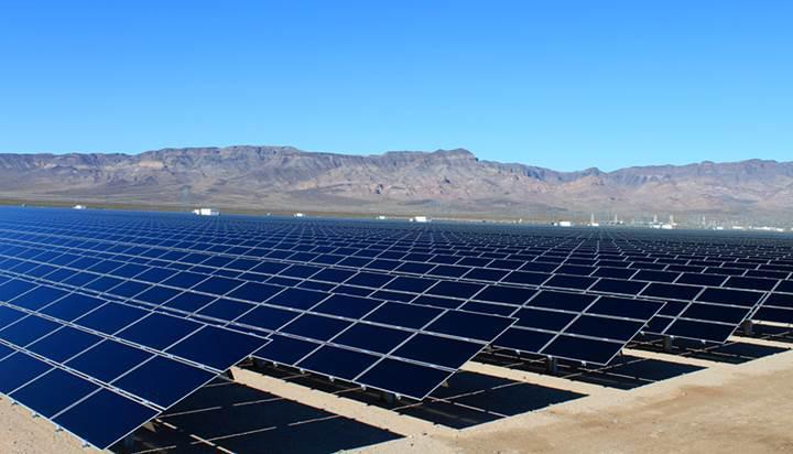 Mersin'e dev güneş paneli üretim tesisi kuruluyor