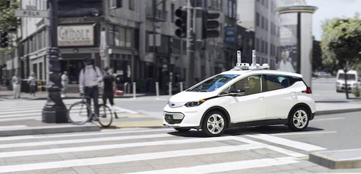 General Motors ve Lyft binlerce tam otonom arabayı test edecek