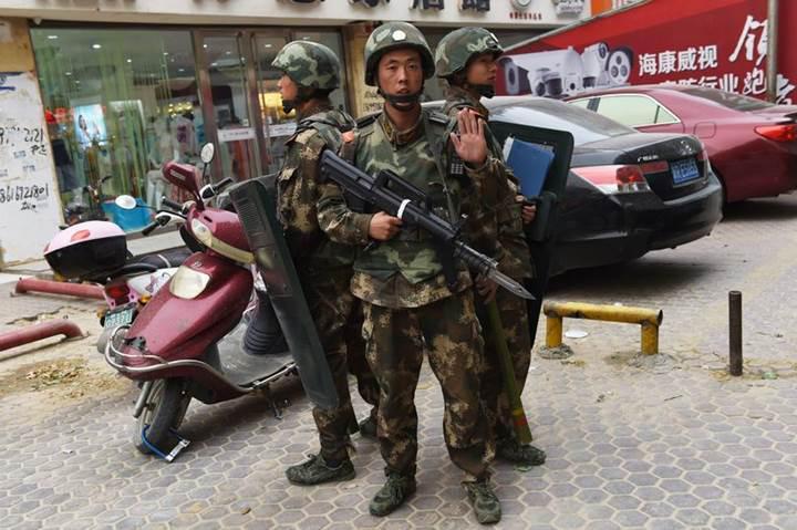 Çin şiddet olaylarını azaltmak için araçlara GPS takma zorunluluğu getirdi