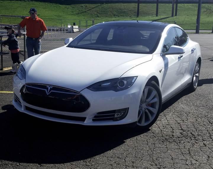 Tesla; otomobil, bakım ve sigorta için tek fiyat politikası uygulayacak