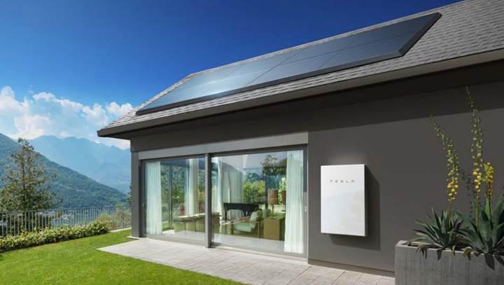 Tesla Powerwall evlerin elektrik masraflarını yüzde 92 azalttı