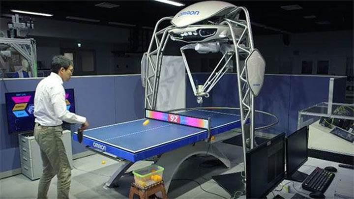 Masa tenisi antrenörü olan robot rekorlar kitabına girdi