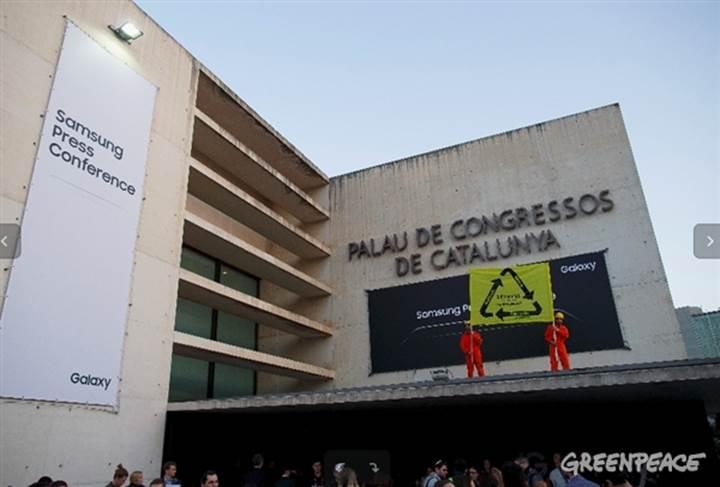 Samsung etkinliğine Greenpeace protestosu gölge düşürdü