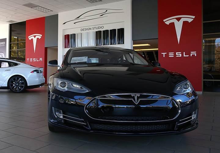 Tesla tepetaklak olabilir: Yatırım bankası %30'a varan değer kaybı bekliyor
