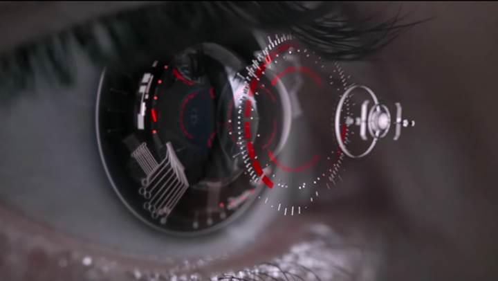 Netflix CEO'su akıllı kontakt lenslerden film izlenmesine sıcak bakıyor