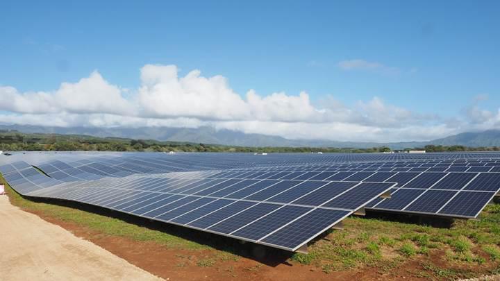 Tesla'nın güneş enerjisi Hawaii'yi aydınlatacak