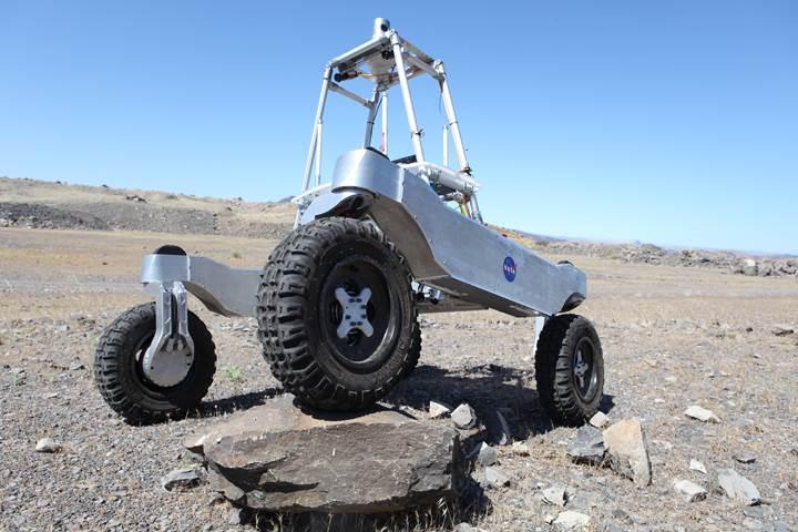 NASA, Mars'ta hayat arayacak araçları Atacama Çölü'nde test ediyor