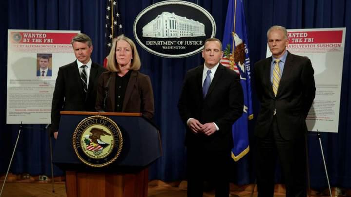 ABD iki Rus ajanını Yahoo'ya saldırmakla suçluyor