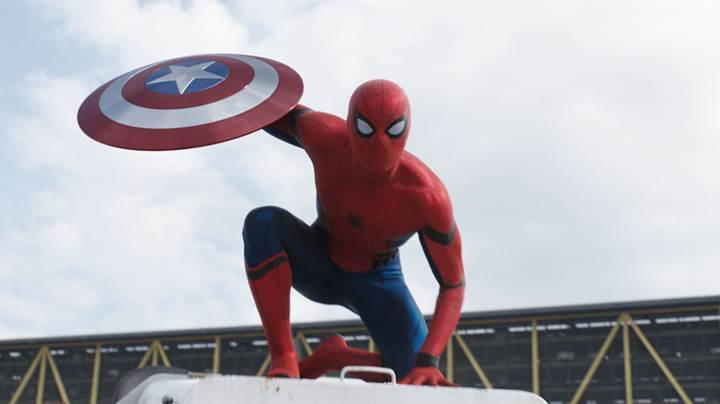 Spider Man Homecoming'in yeni tanıtım videosu paylaşıldı