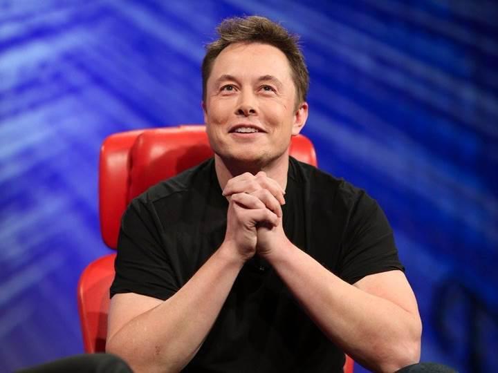 Elon Musk, şirketlerine bir yenisini daha ekledi: Neuralink, insan beynini bilgisayarla destekleyecek