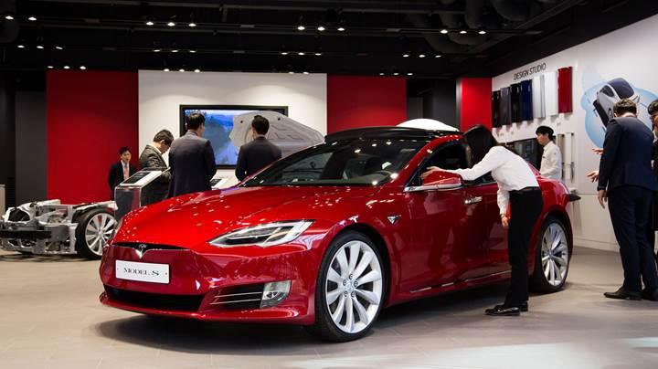 Tesla artık Ford'dan daha değerli bir şirket