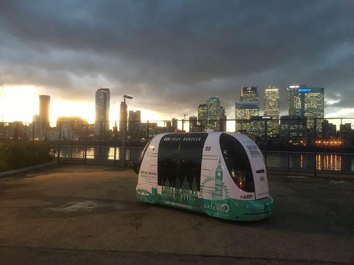 Londra otonom otobüs testlerine başlıyor