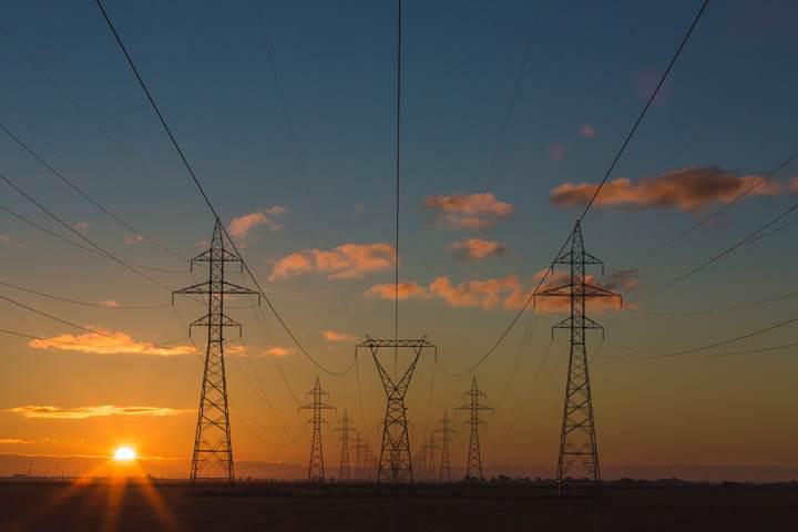 Türkiye'de enerjide önemli gelişmeler: FSRU Gemisi ve yerli kaynak kullanımı