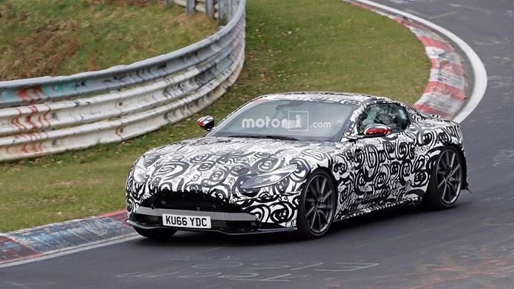 Yeni Aston Martin V8 Vantage Nürburgring'de görüntülendi