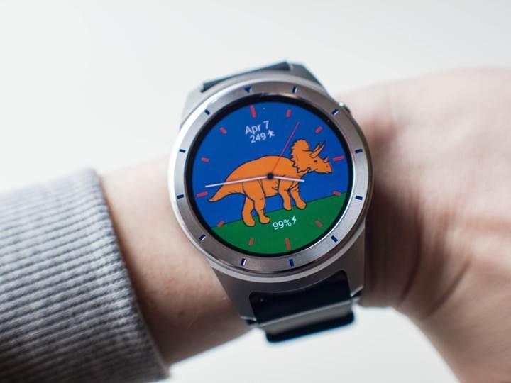 ZTE uygun fiyatlı Android Wear saatini tanıttı