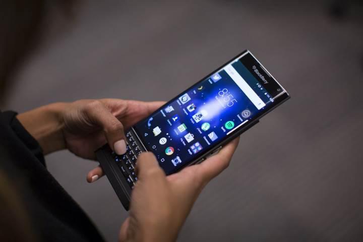 Qualcomm BlackBerry'e 815 milyon dolar geri ödeme yapacak