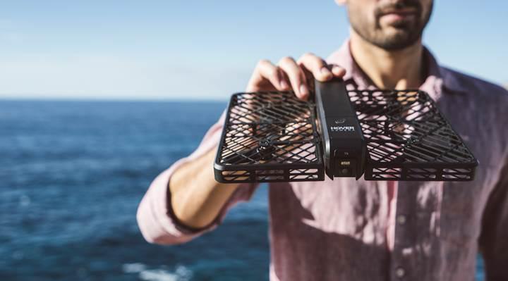 Kullanıcısını yüzünden tanıyan drone: Hover Camera Passport
