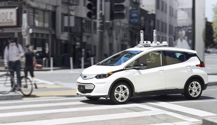 General Motors yollardaki sürücüsüz otomobillerinin sayısını arttırıyor