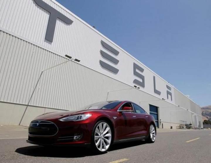 Tesla fabrikasında kimyasal sızıntı