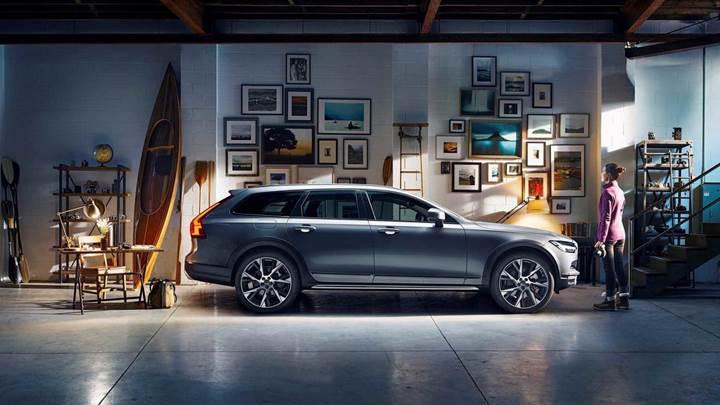 Volvo, gelecek nesil araç içi sistemleri için Google ile ortaklık kurdu