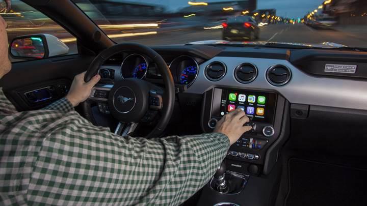 Ford, 2016 model araçları için Android Auto ve Apple CarPlay güncellemesi yayınladı