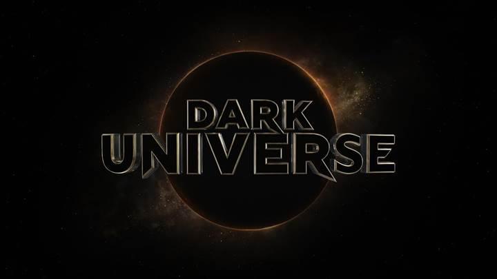 Universal, yıldızlarla dolu sinematik evreni Dark Universe'i tanıttı