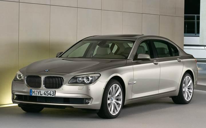BMW 45 binden fazla otomobilini geri çağırdı