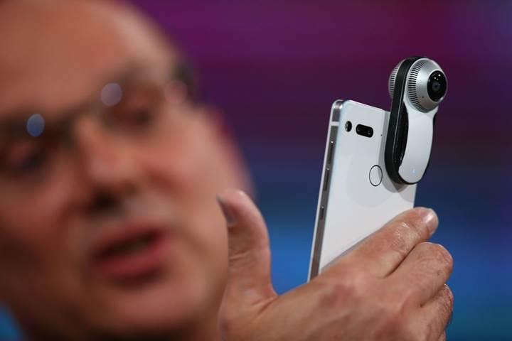 Andy Rubin, Essential Phone'un gelecek ay çıkacağını açıkladı