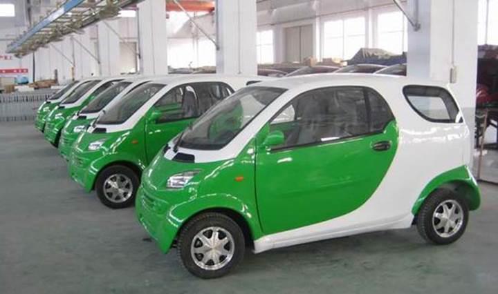 Hindistan'ın hava kirliliğine karşı çözümü elektrikli otomobiller