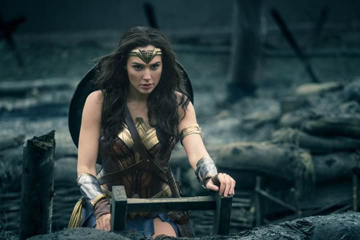 Wonder Woman gişedeki yolculuğuna rekor ile başladı