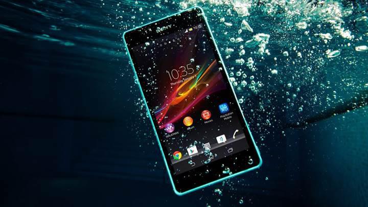Suya dayanıklı akıllı telefonlar