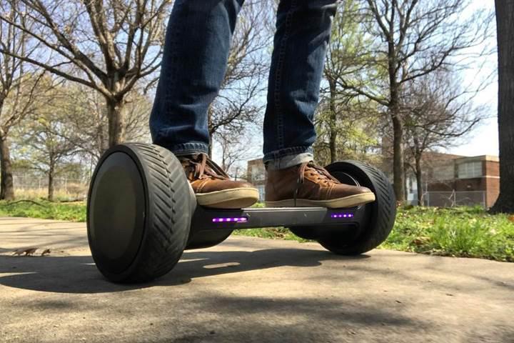 Hoverboardlara yeni rakip: MOOV