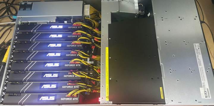 Asus Strongbox dünyanın en güçlü 8 ekran kartlı bilgisayarı oldu