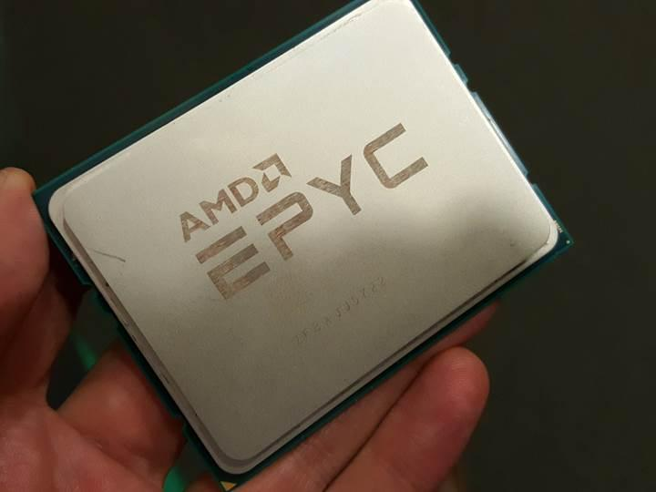 Intel Xeon Gold 8176'lı sistem 670 watt güç tüketiyor