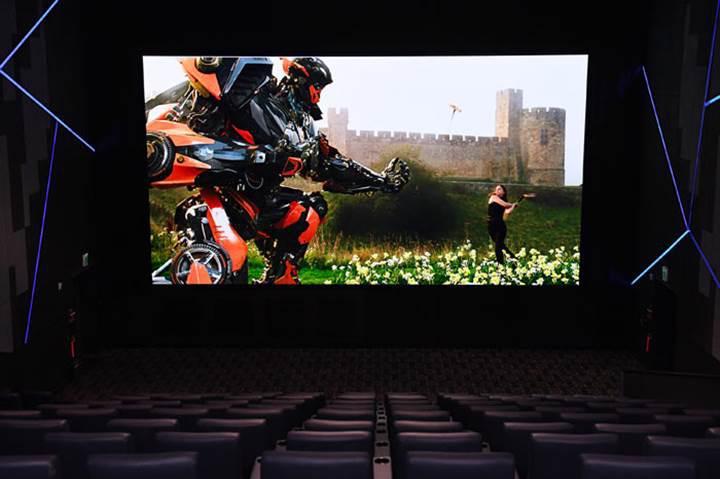 Samsung dünyanın ilk sinema LED ekranını duyurdu