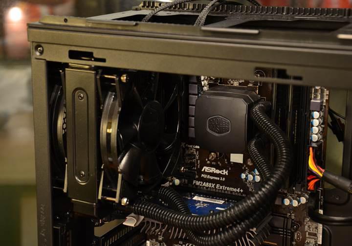 Yüksek performanslı Ryzen işlemcili GTX 1080 Ti'li sistem topluyoruz