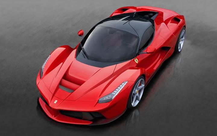 Ferrari çalışanlarının Ferrari alması yasak!