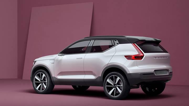 Volvo XC40, resmi web sitesinde göründü