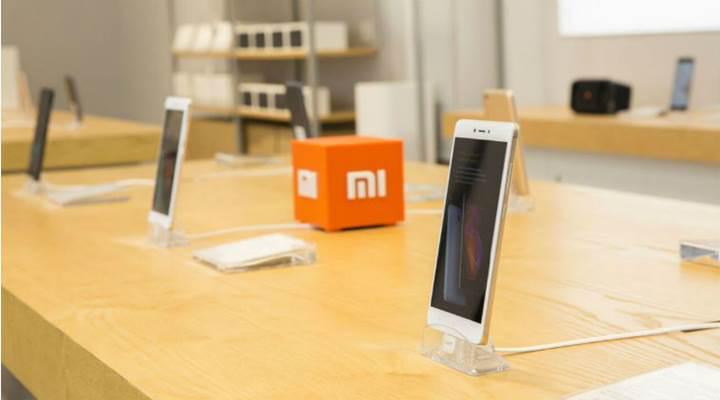 Xiaomi satışları arttırmak için 1 milyar dolarlık kredi aldı