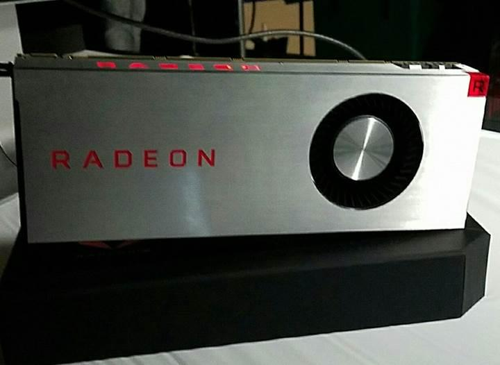 Karşınızda AMD Radeon RX Vega 64 Limited Edition