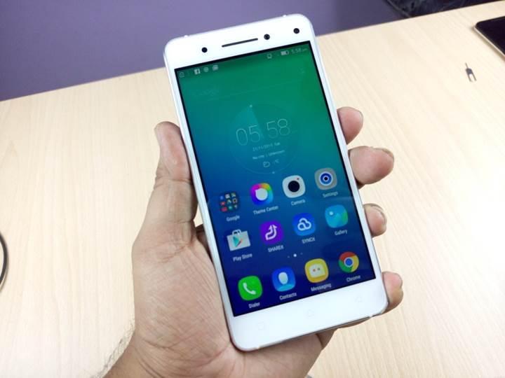 Lenovo, akıllı telefonlarında stok Android arayüzüne geçiyor