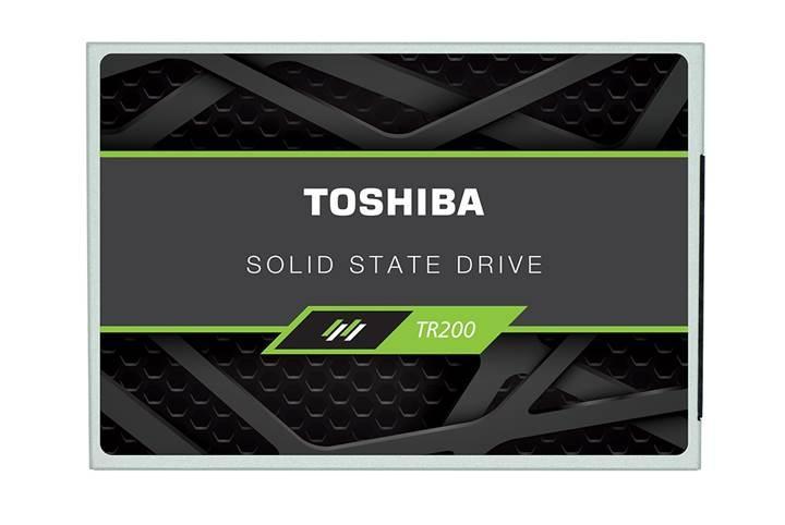Toshiba son kullanıcıya ilk 64-katmanlı SSD ürününü sunuyor