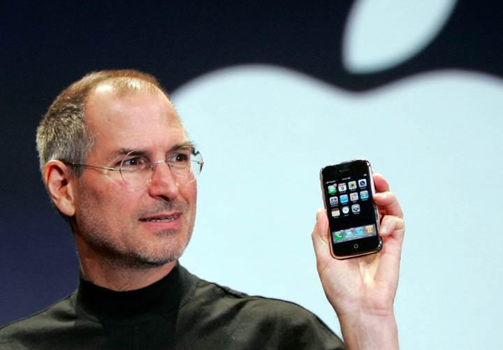 İlk iPhone'da bulunan açık bazı yeni otomobillerde devam ediyor