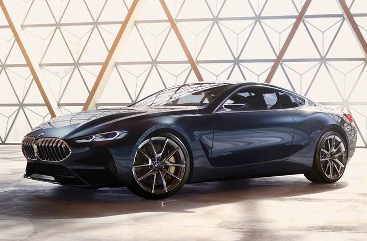 BMW Concept 8 Serisi ve Concept Z4 Serisi tanıtıldı