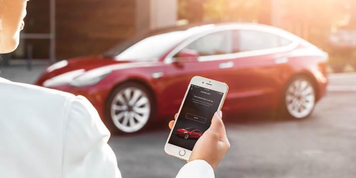 Tesla, Model 3'ün yeni kilit açma yöntemlerini tanıttı
