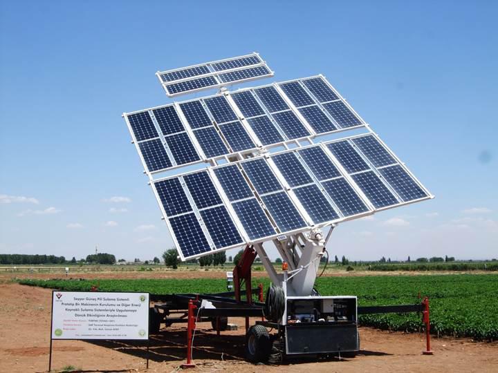 Güneş enerjisiyle çalışan sulama makineleri Şanlıurfa'da hayata geçiriliyor