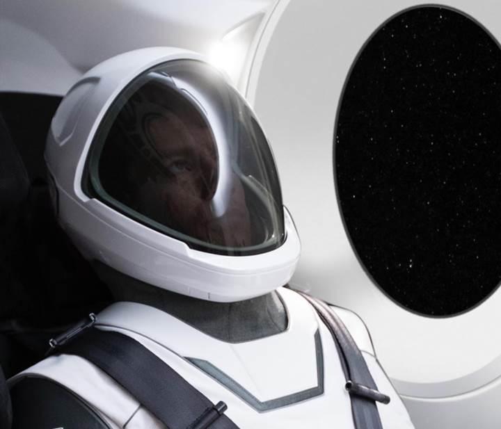 SpaceX'in uzay giysisi ortaya çıktı